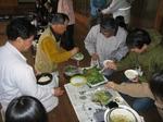 揚げたて山菜の天ぷらをどうぞ!
